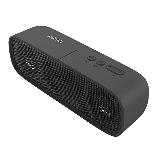 AUKEY Altoparlante Portatile Wireless, Cassa Bluetooth Impermeabile Outdoor con 14 Ore di Riproduzione, Aux-In e Microfono Incorporato per iPhone, Samsung, HTC, iPad, Tablet ecc (Nero)