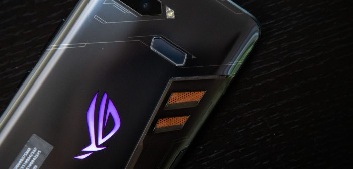 Asus ROG Phone: Recensione, unboxing test e prime impressioni