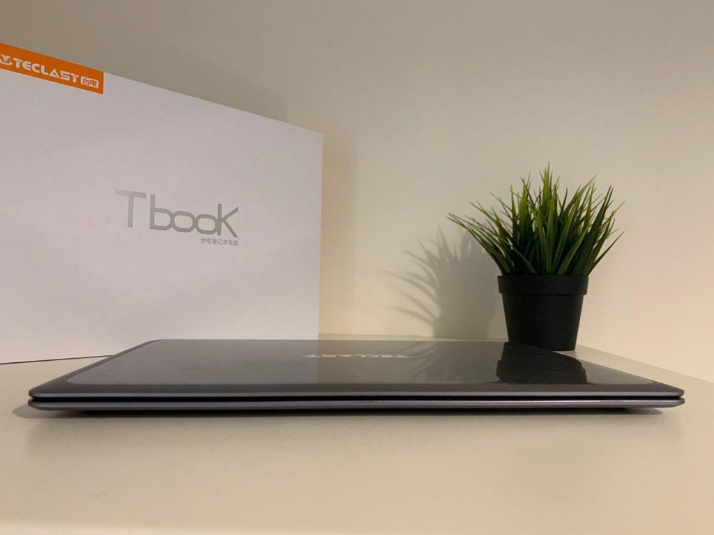 Notebook Teclast F7 Plus closed