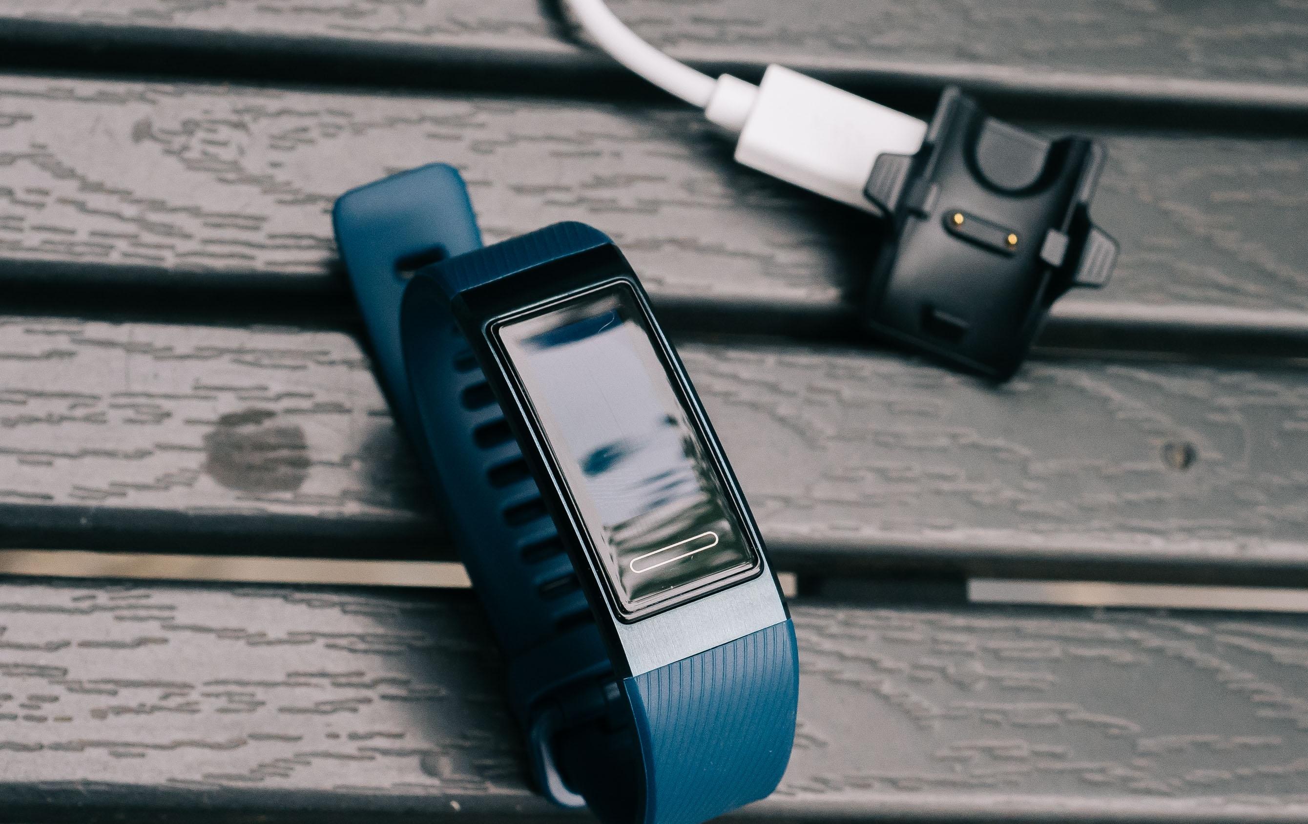 Huawei Band 3 Pro base di ricarica
