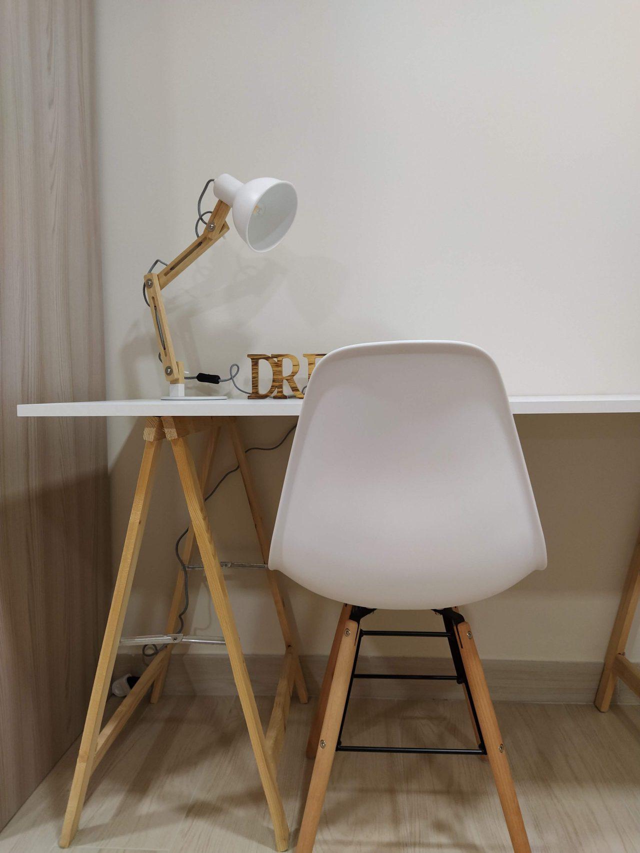 Lampada da tavolo Tomons: il setup della scrivania con stile ...